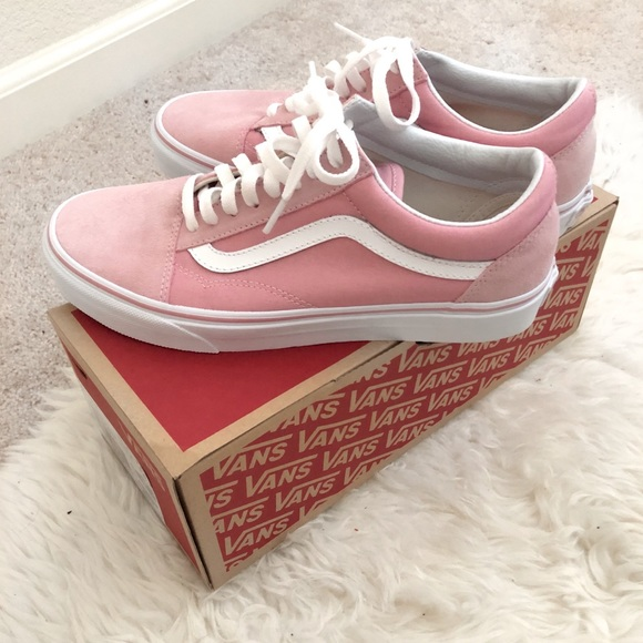 dd3be875f5ba VANS light pink Old Skool Sneaker NWT
